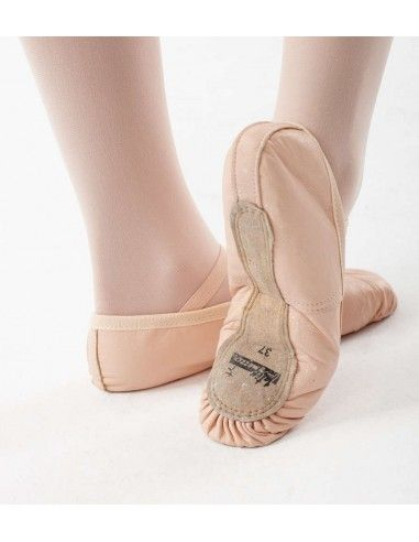 BALLET TRAINING SHOES
